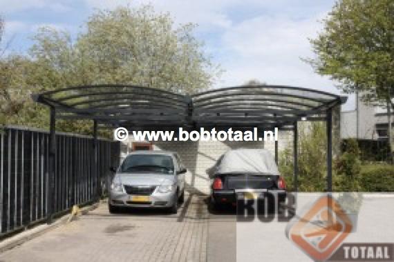Dubbele carport in Meerssen - situatie na montage